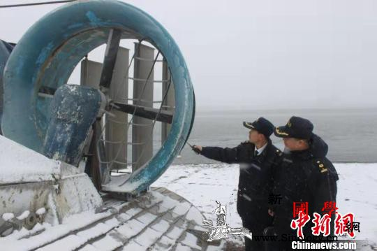 """""""中俄双子城""""开通气垫船客货运输14_黑河-气垫船-爱辉-"""