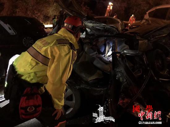 兰海高速特大交通肇事案致15死44伤_兰州市-兰州-收费站-