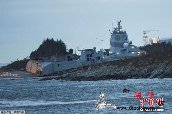 挪威军舰与油轮相撞险沉没百余船员被迫_挪威-油轮-军舰-
