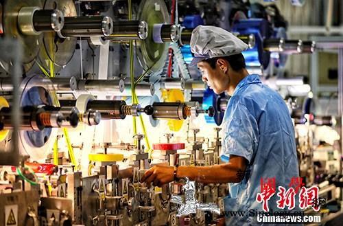 """总量连上新台阶中国经济乘上""""改革开放_经济增长-国家统计局-盐城-"""