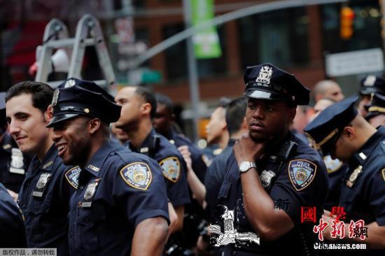 极端组织威胁元旦发动恐袭纽约警方严防_纽约市-纽约-米勒-