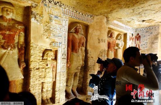 埃及在首都开罗发现王室祭司墓葬距今4_开罗-埃及-公元前-
