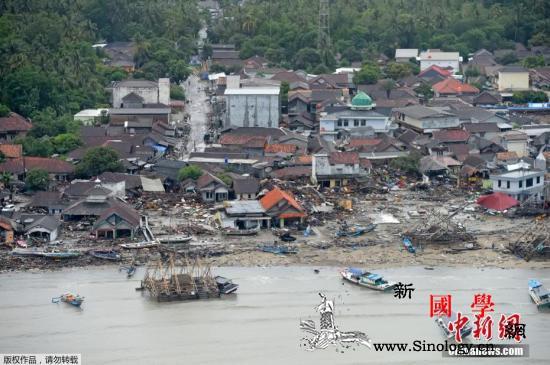 印尼巽他海峡海啸已致死373人伤14_印尼-搜救-狼藉-