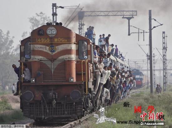 印官员吐槽火车晚点:忘掉子弹头列车_印度-铁道-列车-