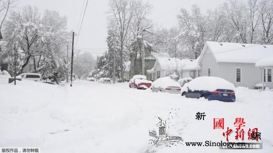大规模冬季风暴席卷美国中西部:道路封_堪萨斯州-密苏里州-印第安纳州-