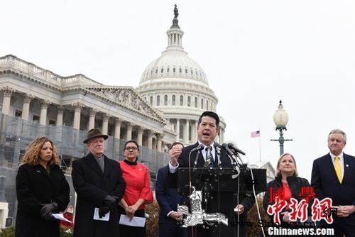 美参院24日将进行测试性表决以结束政_民主党-众议员-停摆-