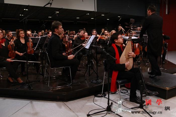 """中西合璧:爱琴海上升""""雅乐""""_爱乐乐团-雅典-希腊-演奏家-"""
