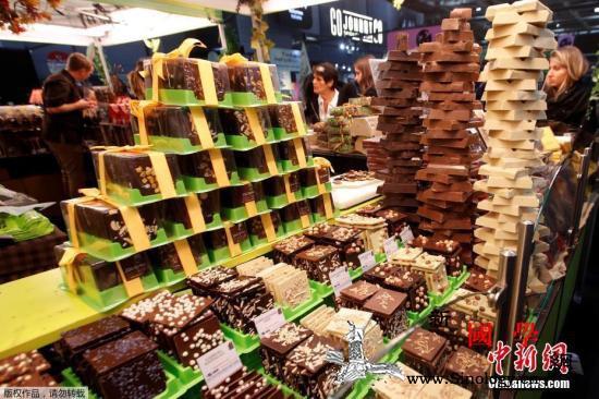 生产陷危机2050年就没有巧克力了?_科特迪瓦-农户-巧克力-