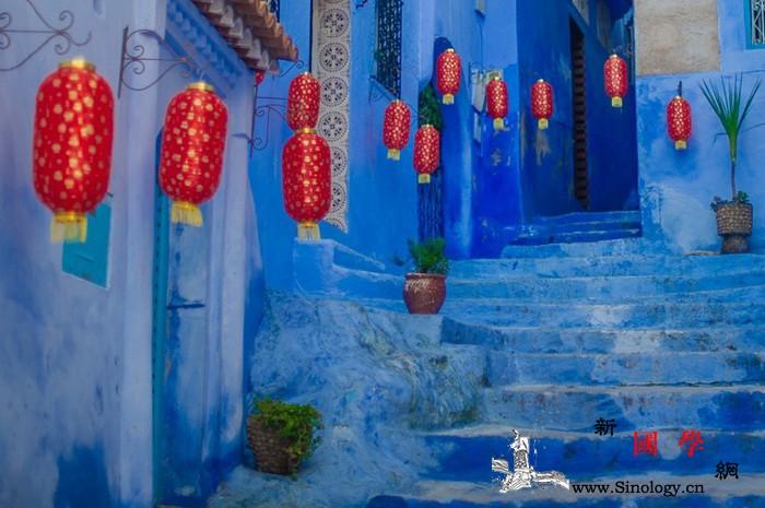 舞狮民乐齐登场蓝色小镇新春红_穆罕默德-摩洛哥-舞狮-经济部-