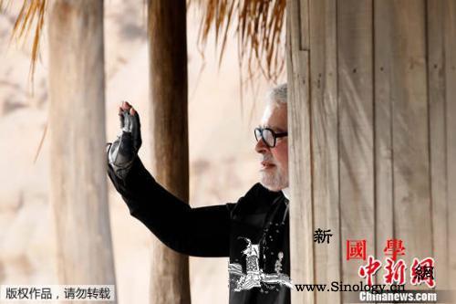 """再见""""老佛爷""""!这位墨镜白发的时尚界_卡尔-老佛爷-拉格-"""