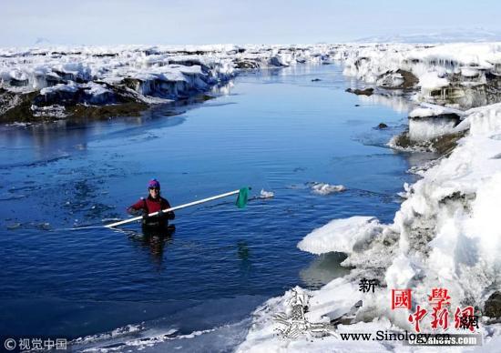 南极洲冰架断裂形成一座冰山大小相当于_冰川-南极洲-冰山-