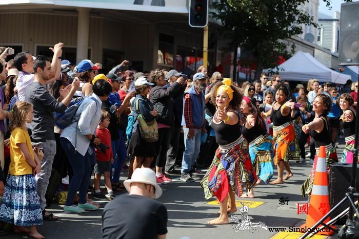 纽镇的多元情结:新西兰中国文化中心参_惠灵顿-文化中心-集市-民众-