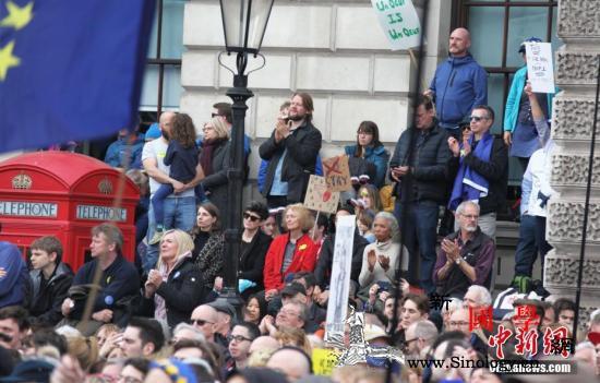 """英警方警告称公众人物不要激化""""脱欧""""_伦敦-英国-警方-"""
