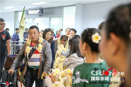 千名中国游客友好交流团访问老挝_老挝-文化-旅游-交流-