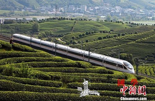 中国铁路实行新的列车运行图_兰州-车组-北京-