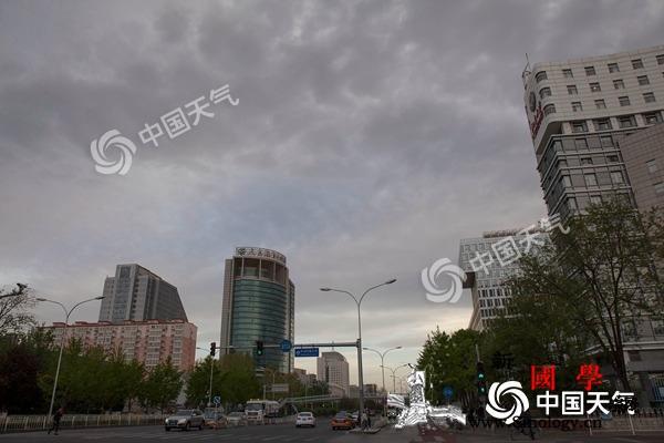 今明天北京小雨添凉意周日气温回升宜出_南风-北京-气温-