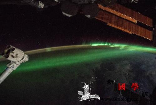 宇航员太空拍摄南极光:神秘梦幻如跳动_南极光-宇航员-极光- ()