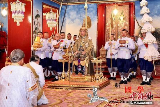 泰国国王哇集拉隆功今日将在曼谷接受民_苏堤-泰国-圣水-