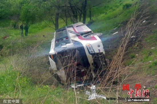 在俄遭遇交通事故的中国旅行团中38人_俄罗斯-滨海-边疆-
