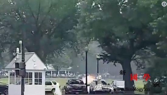 美媒:美国一名男子在白宫附近自焚原因_目击者-美国-白宫-
