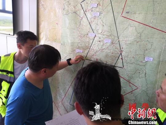应急管理部工作组到内蒙古大兴安岭指导_指挥部-火场-灭火-