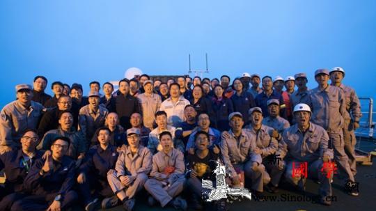 中国航天海射首秀背后的年轻人:平均年_长征-运载火箭-海上-