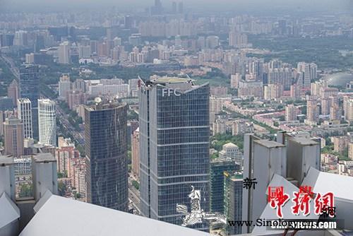 统计局:70年来中国常住人口城镇化率_县级市-年末-城镇化-