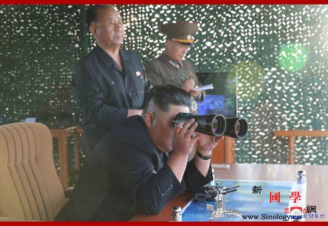 朝中社:朝鲜昨日试射超大型火箭炮金正_金正日-火箭炮-朝鲜-