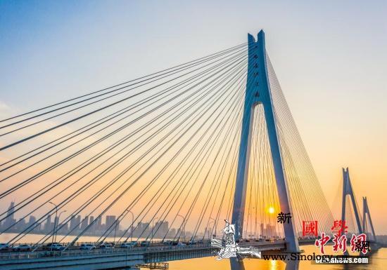 """桥梁、高铁、港口…交通行业打造靓丽""""_子城-天津-长江大桥-"""