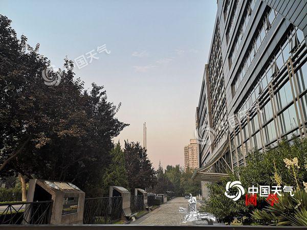 今日北京最高气温27℃双休日舒适凉爽_户外活动-北京-气温-