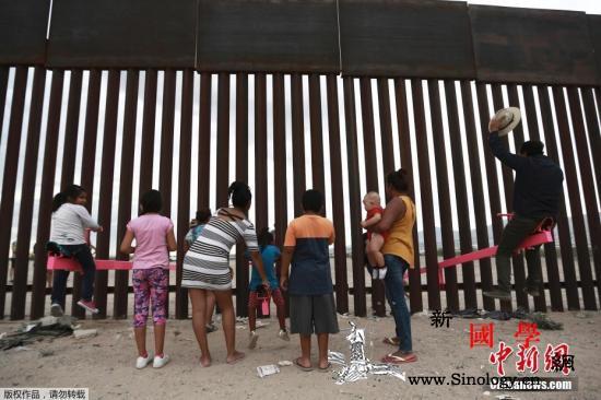 百亿美元美墨边境墙遭走私者百元电锯轻_走私者-电锯-走私-