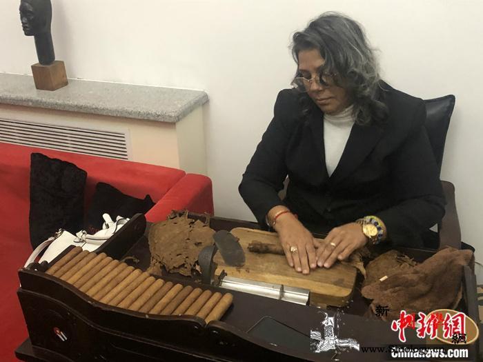 古巴旅游部长:古巴人民张开双臂欢迎中_古巴-雪茄-加勒比-
