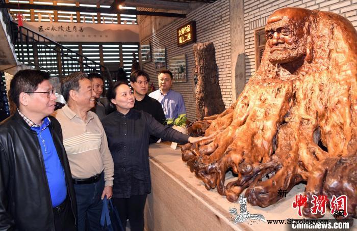 中国工艺美术大师林学善师徒传承展启幕_林学-达摩-福州-