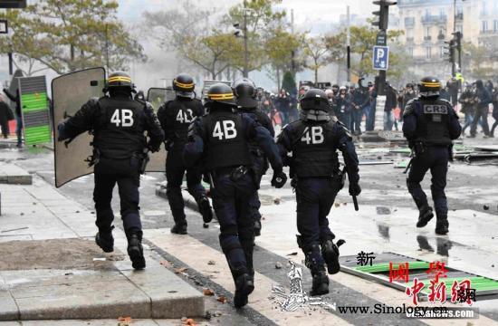 """法""""黄马甲""""运动暴力事件频发警方一天_示威者-巴黎-法国-"""
