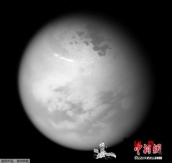 NASA公布土星最大卫星泰坦地质图:_滤镜-航天局-土星-
