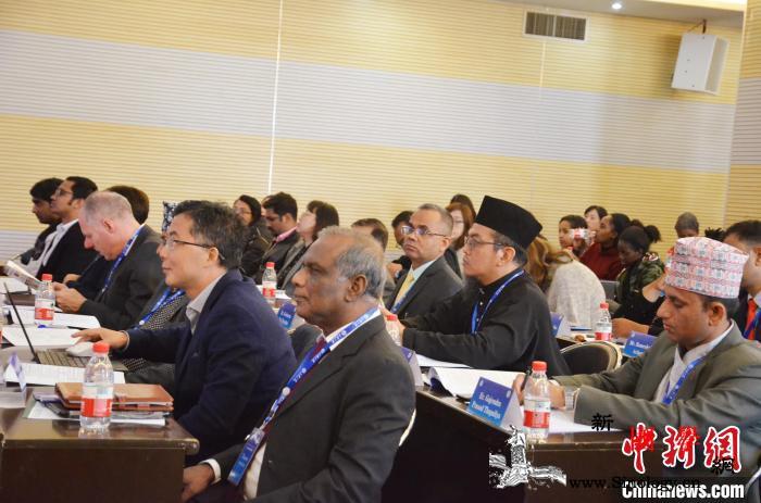 第16届世界高校联盟大会在三峡大学举_科研机构-代表-画中画-