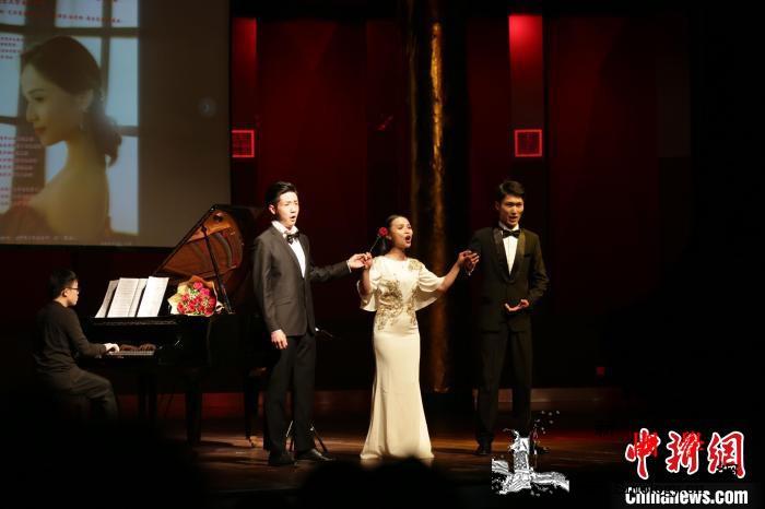 留俄女高音张颖专场音乐会在南昌举行:_南昌-演奏家-音乐学院-