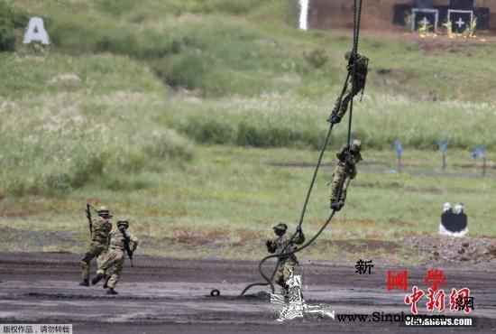 日本2020年度预算创新高防卫费将达_机降-日本-共同社-
