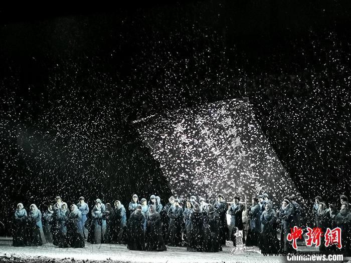 原创歌剧《萧红》在北京首演描写萧红的_歌剧-北京-剧照-