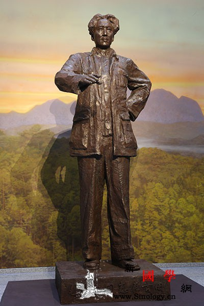 《毛泽东同志在古田》铜像落成于古田_古田-塑像-英明-壁画-