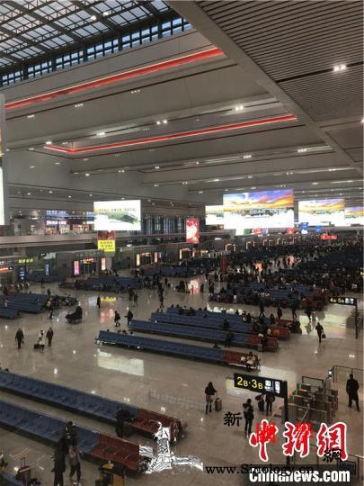 """""""80后""""记者铁路春运记忆:回家的心_贵阳-重庆-春运-"""