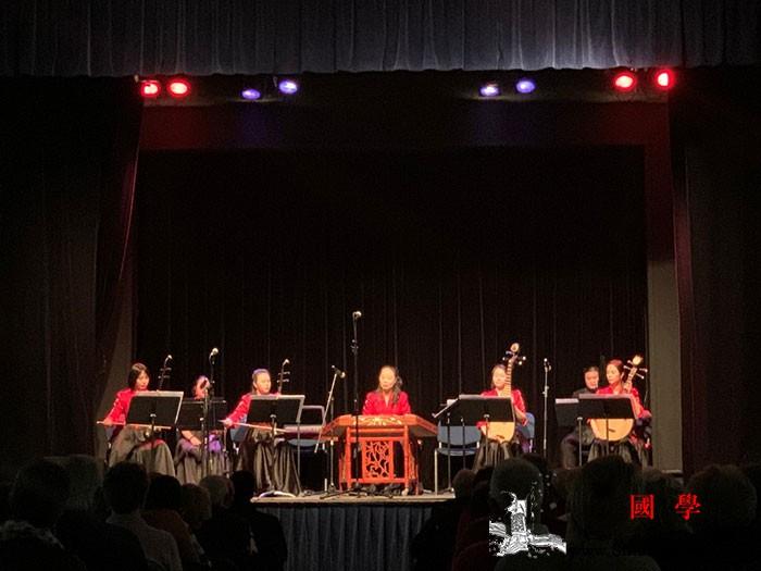 中国民乐奏响法国罗尼苏布瓦市_法国-音乐会-演奏-罗尼-