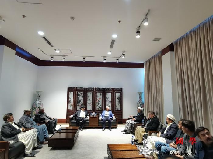 巴基斯坦洪扎地区向中国捐赠医用口罩_巴基斯坦-参赞-疫情-捐赠-