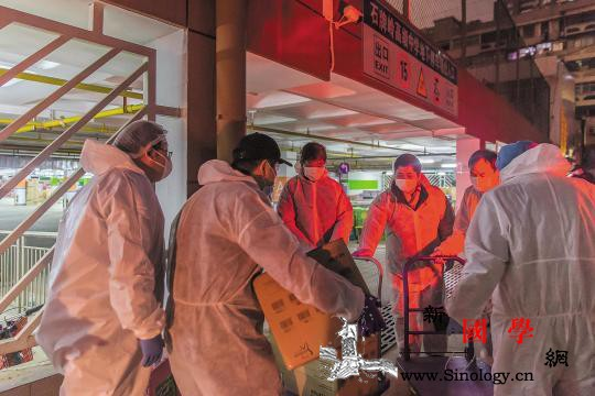 支前!支前!——抗疫战场志愿者速写_支前-武汉-口罩-