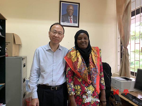 坦桑尼亚国家图书馆代理馆长:中国为坦_坦桑尼亚-国家图书馆-图书馆-支持-
