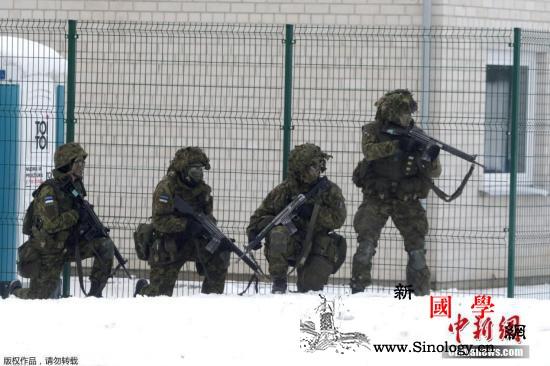 担忧新冠肺炎疫情蔓延芬兰士兵退出北约_北约-芬兰-挪威-