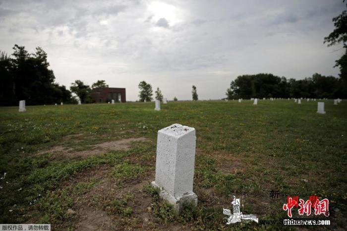 纽约殡葬业不堪重负无人认领的死者将葬_纽约市-纽约-遗体-