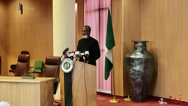 尼日利亚外长:部分尼公民在广州未严格_尼日利亚-画中画-防疫-