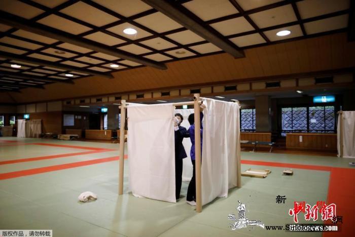 日本首相安倍正式宣布将紧急事态宣言扩_日本-肺炎-宣言-