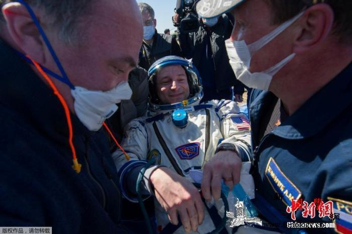 疫情影响航天活动宇航员落地后感叹地球_哈萨克斯坦-宇航员-俄罗斯-